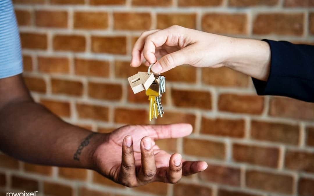 5 Important Things to Do Before Buying Your First Investment Property