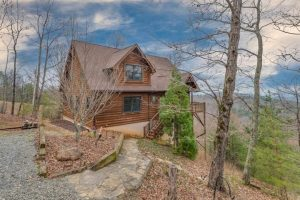 414 Mountain Lookout, Bostic